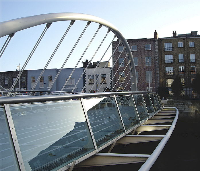 james_joyce_bridge_detail