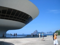 niteroi-contemporary-art-museum03